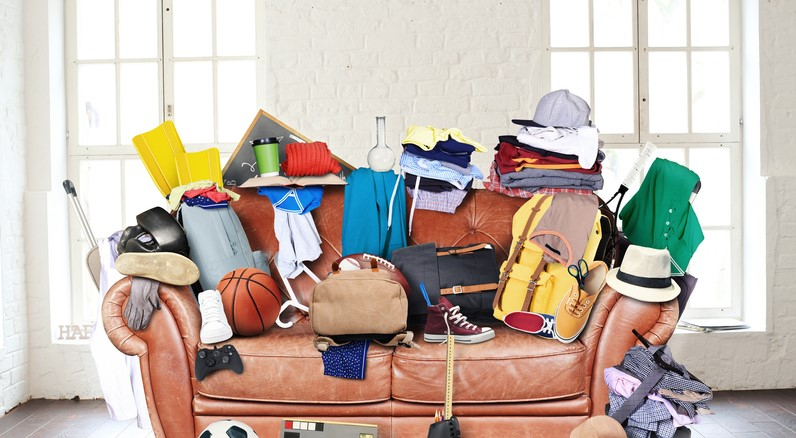 20 Things in Your Living Room You Can Declutter in 20 Minutes