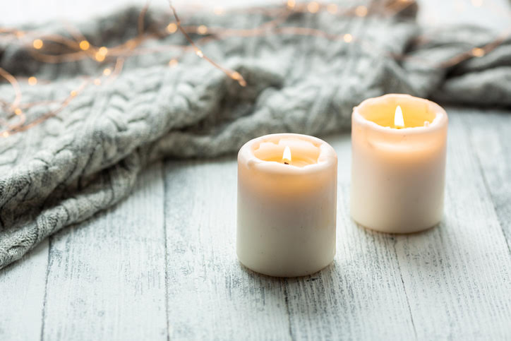 15 Winter Candles that Will Give Your Space Ultimate Cozy Vibes