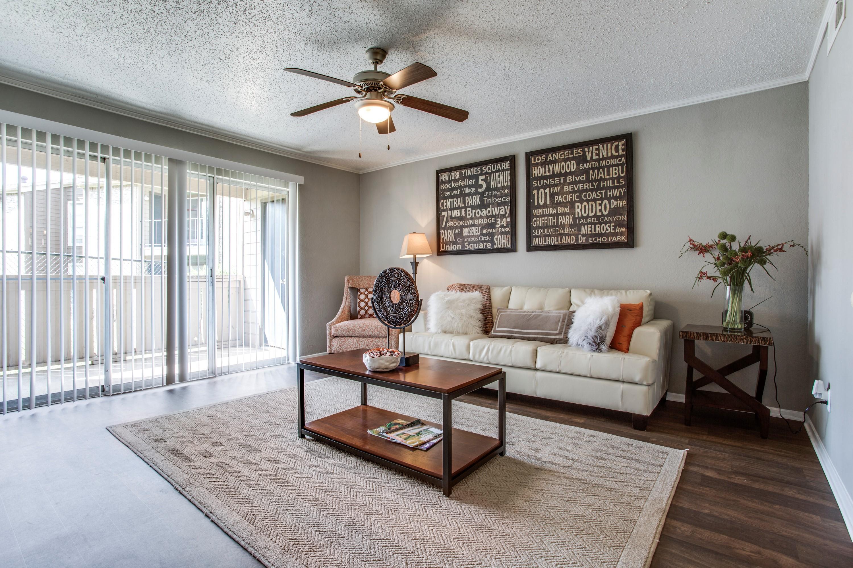 score tx apartments dallas bedroom walk photo delafield villas