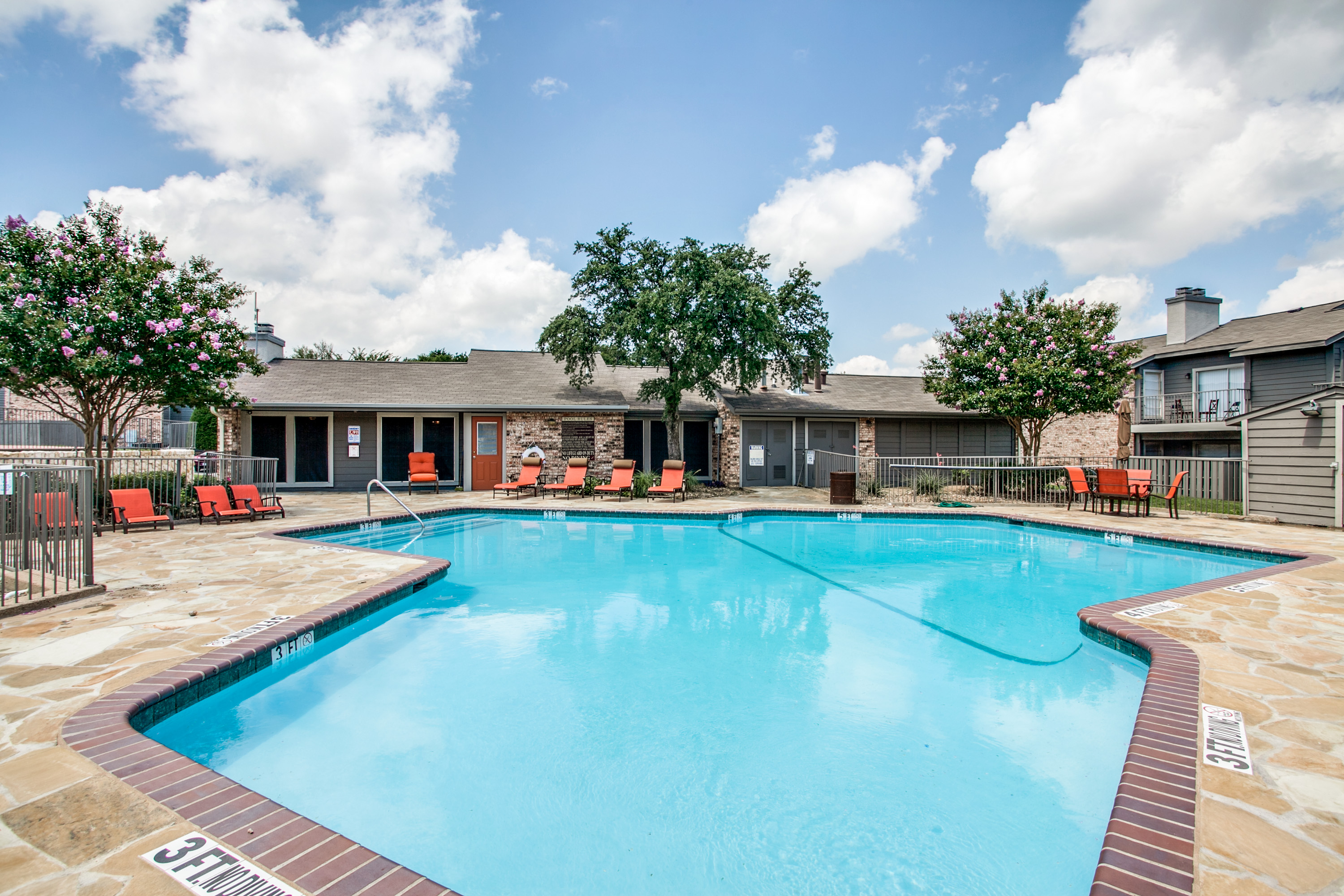 1 And 2 Bedroom Apartments For Rent In Garland Tx