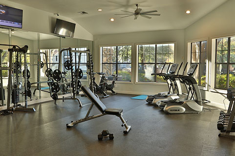 Luxurious features and amenities in North Dallas, TX