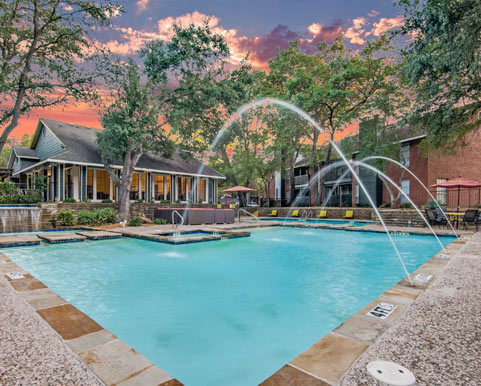 Luxury features and amenities in North Dallas, TX