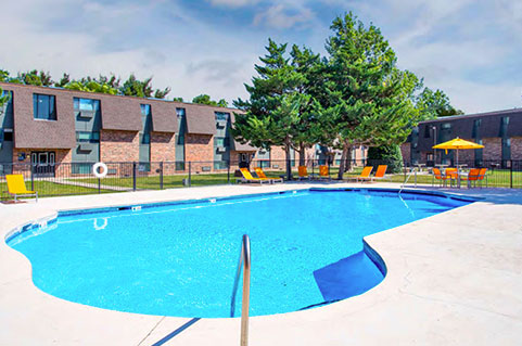 Apartment Complex with Amenities in Amarillo, TX.