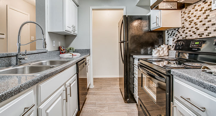 Two bedroom apartments in Dallas, TX