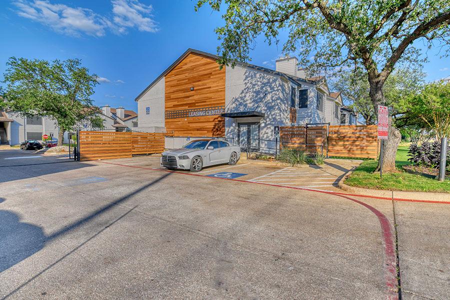 Tides on Randol East Apartments 8951 Randol Mill Road Fort Worth, TX 76120