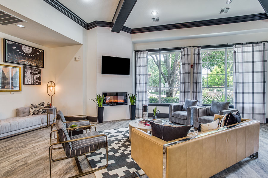Resident Lounge with Flatscreen TV and Fireplace!