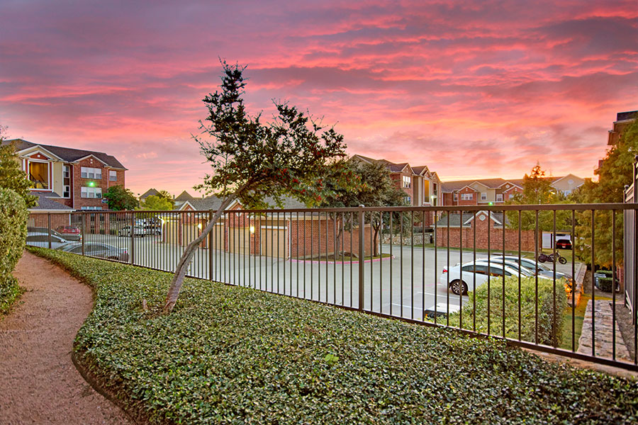 We offer spacious, garden-style apartment homes in Lewisville, Texas.