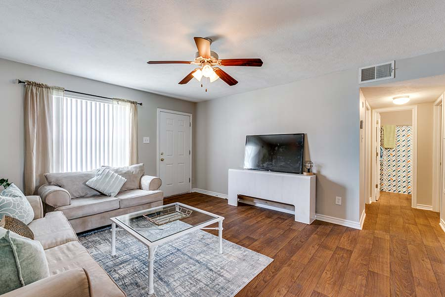 wonderfully designed 2 bedroom apartments