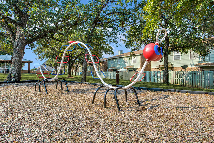 a playground, ideal for small families with kids