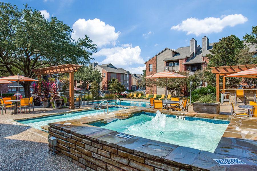 3 Swimming Pools at Eagle Crest Apartment Community
