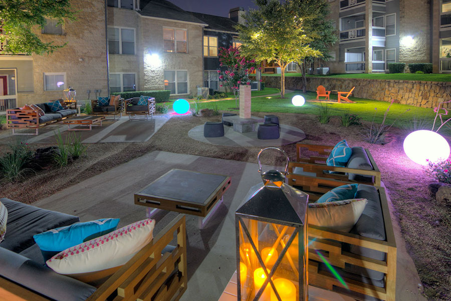 Outdoor relaxing area - perfect to entertain or meet your neighbors.