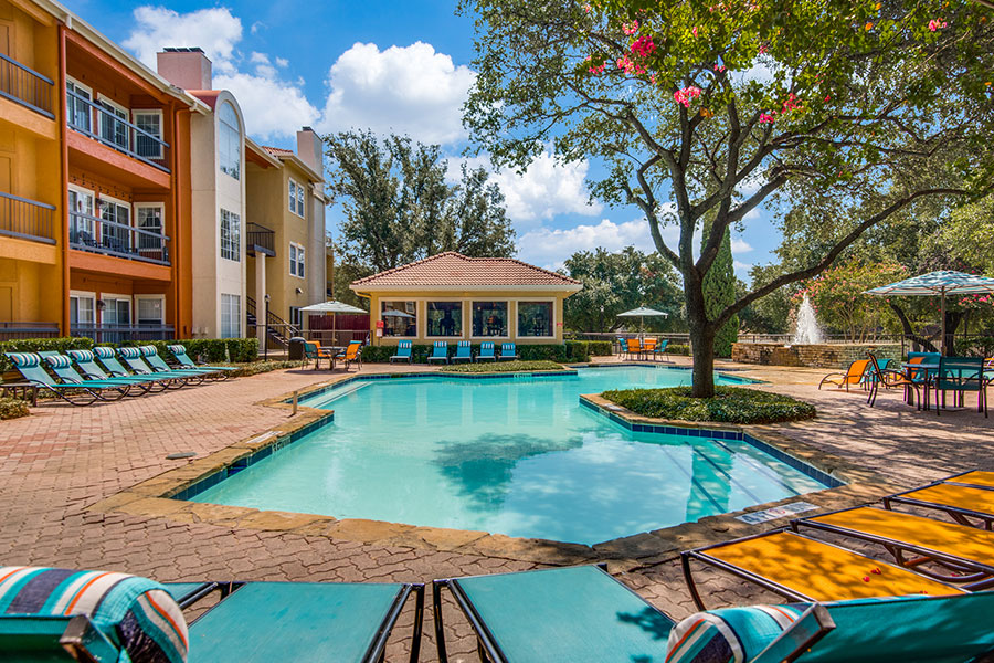 The best apartments for rent in Las Colinas!