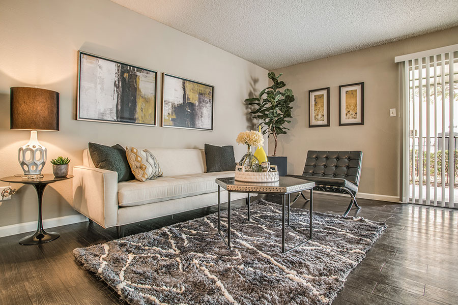 Affordable One and Two bedroom apartments in Dallas