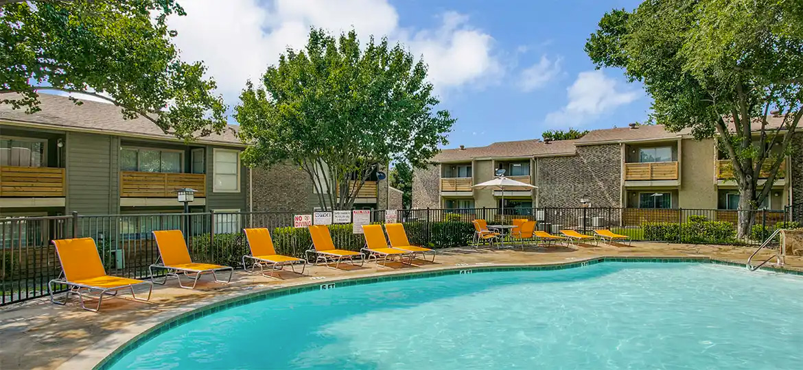 98Fifty Apartments in Lake Highlands