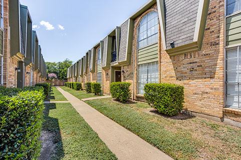 affordable apartment community located in Southwest Fort Worth, TX
